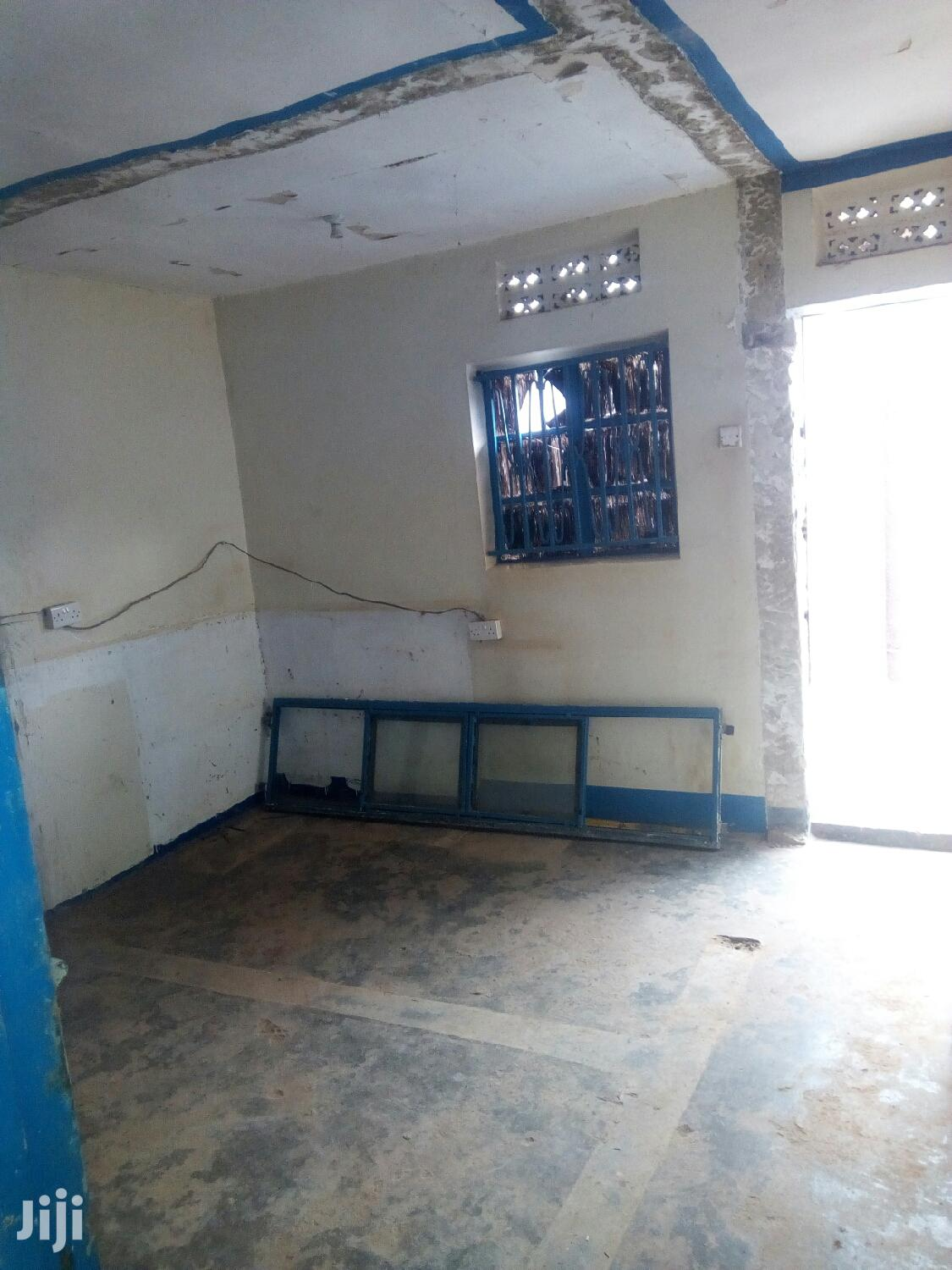 New Double Room Shop for Rent in Kireka Center. | Houses & Apartments For Rent for sale in Kampala, Central Region, Uganda