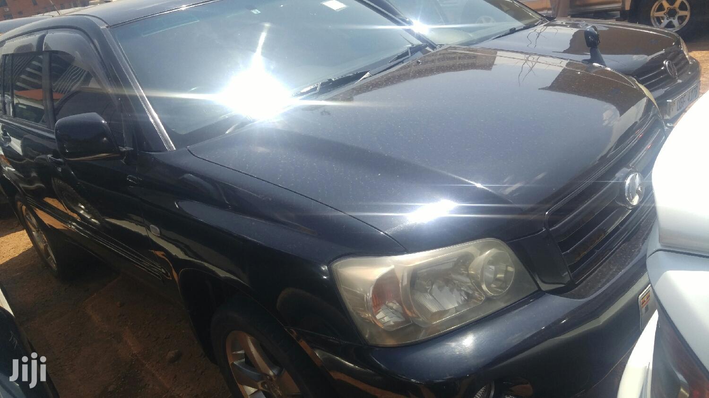 Toyota Kluger 2002 Black
