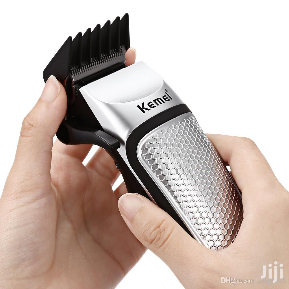 Professional Hair Clipper/Shaving Machine | Tools & Accessories for sale in Kampala, Central Region, Uganda