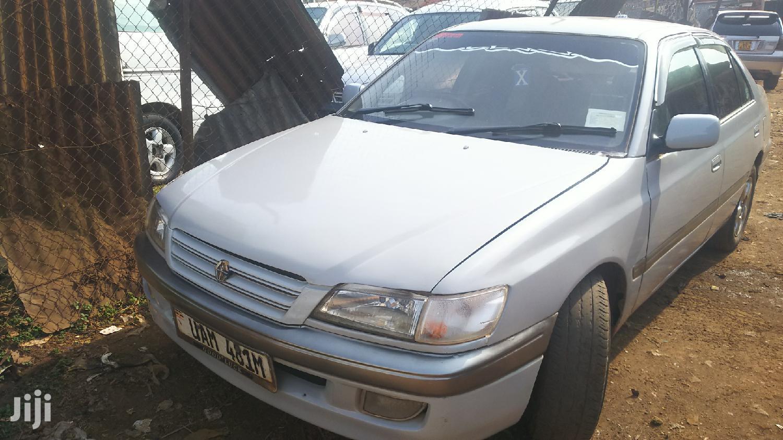Archive: Toyota Premio 1999 White
