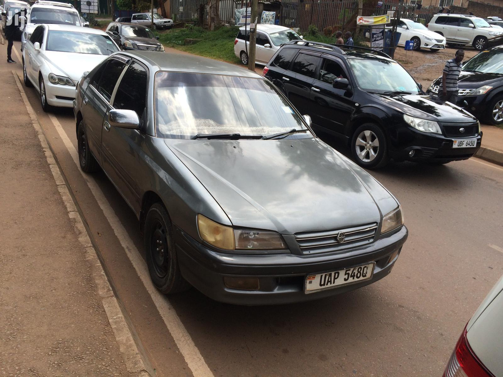 Toyota Premio 1998 Gray