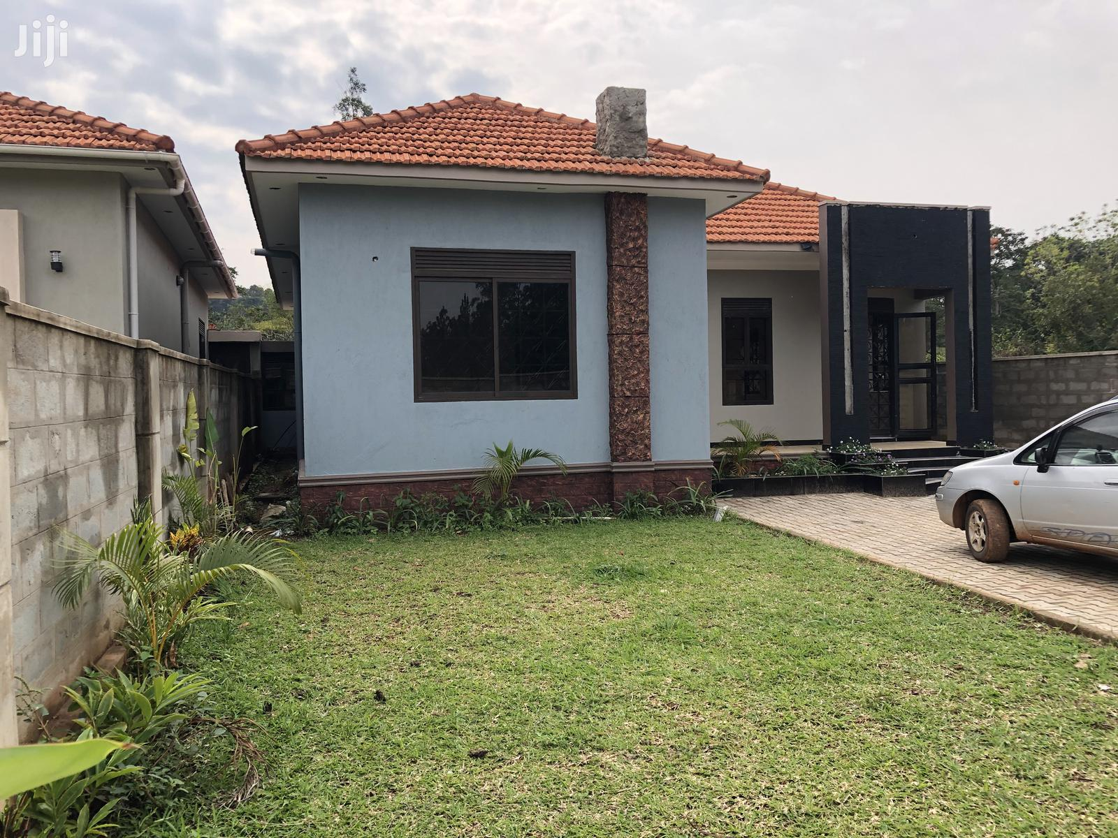 Kira Charming House on Sell | Houses & Apartments For Sale for sale in Kampala, Central Region, Uganda