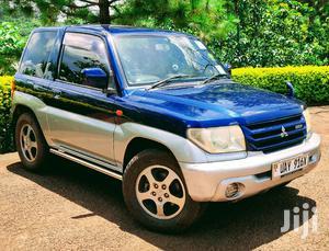 Mitsubishi Pajero IO 2001 Blue