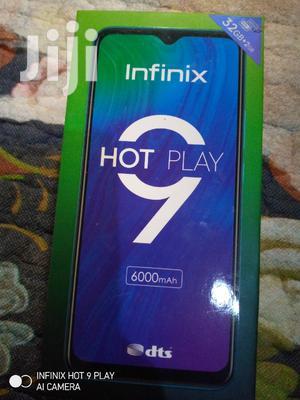 Infinix Hot 9 Play 32 GB Black