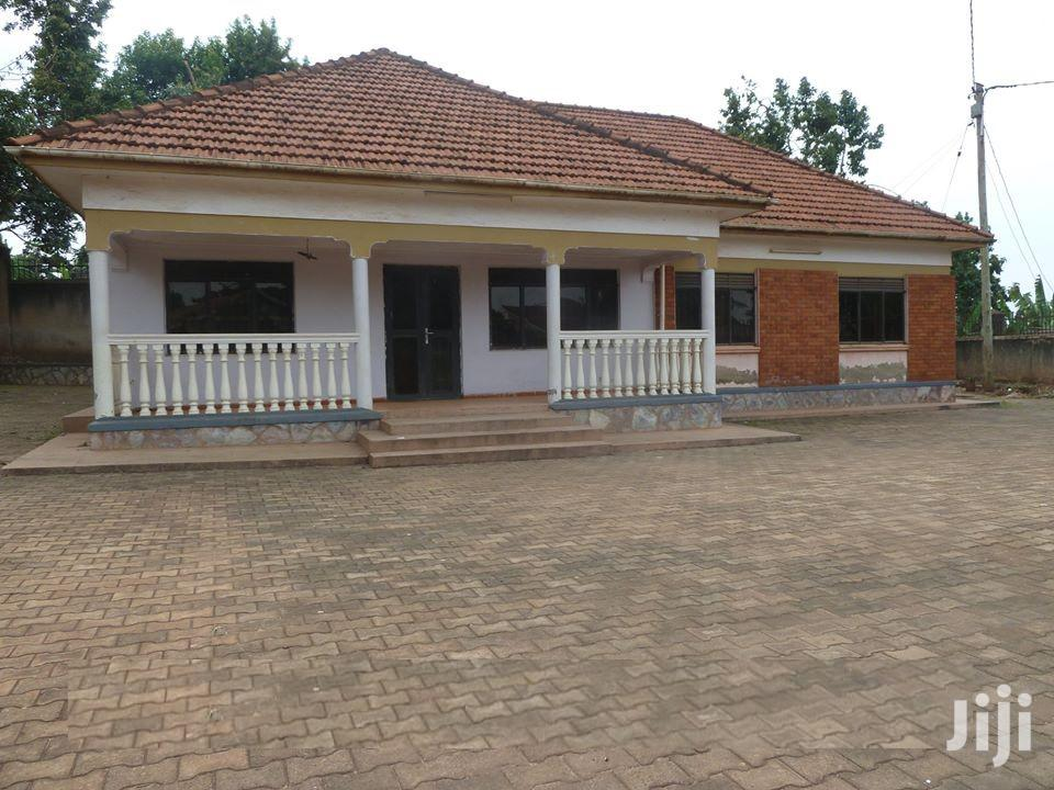 Kisaasi Bahai 3 Bedroom House For Rent