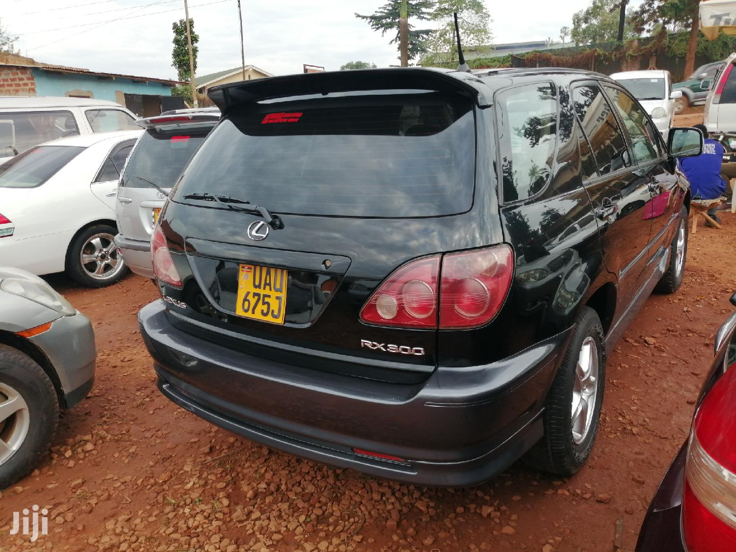 Archive: New Toyota Harrier 2000 Black