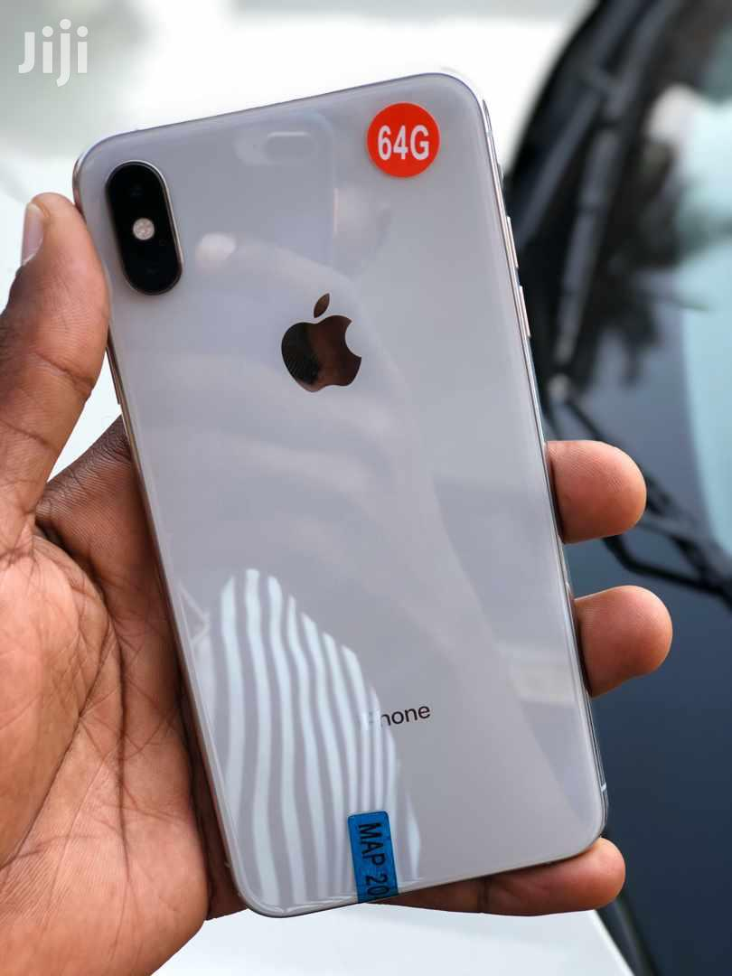 Archive: Apple iPhone X 64 GB White