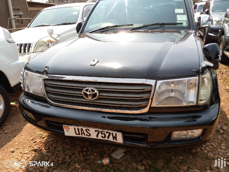 Archive: Toyota Land Cruiser 2001 Black