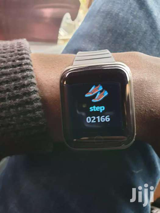 Brand New Touch Screen Smart Watch | Smart Watches & Trackers for sale in Kampala, Central Region, Uganda