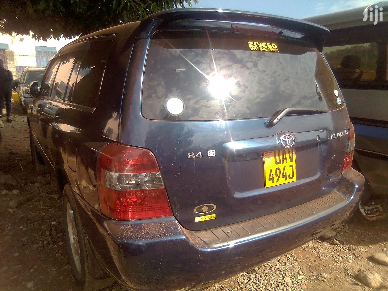 Archive: Toyota Kluger 2004 Blue