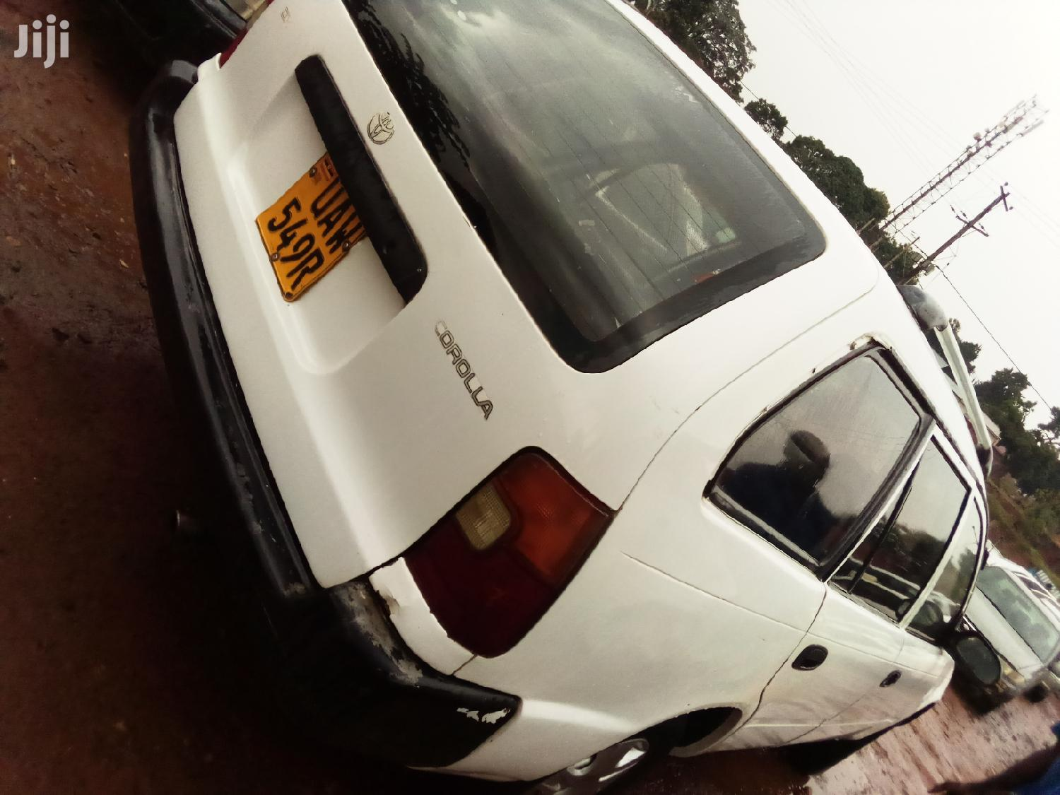 Archive: Toyota GT1 1999 White