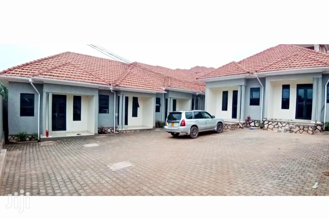 Quick Sale::7units Double Rooms at 420m in Kisaasi KYANJA | Houses & Apartments For Sale for sale in Kampala, Central Region, Uganda