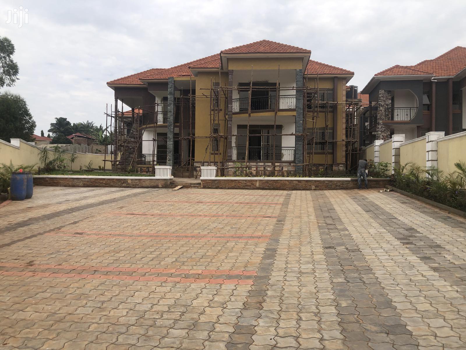 Six Bedrooms House in Kyaliwajjala for Sale