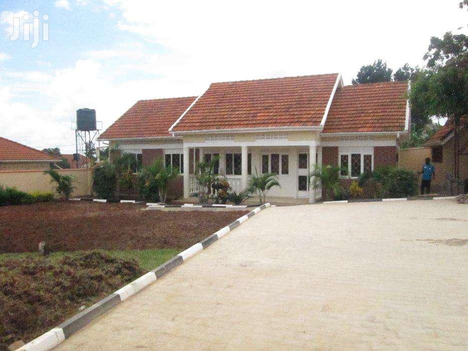 Three Bedroom House In Kirinya For Rent   Houses & Apartments For Rent for sale in Kisoro, Western Region, Uganda