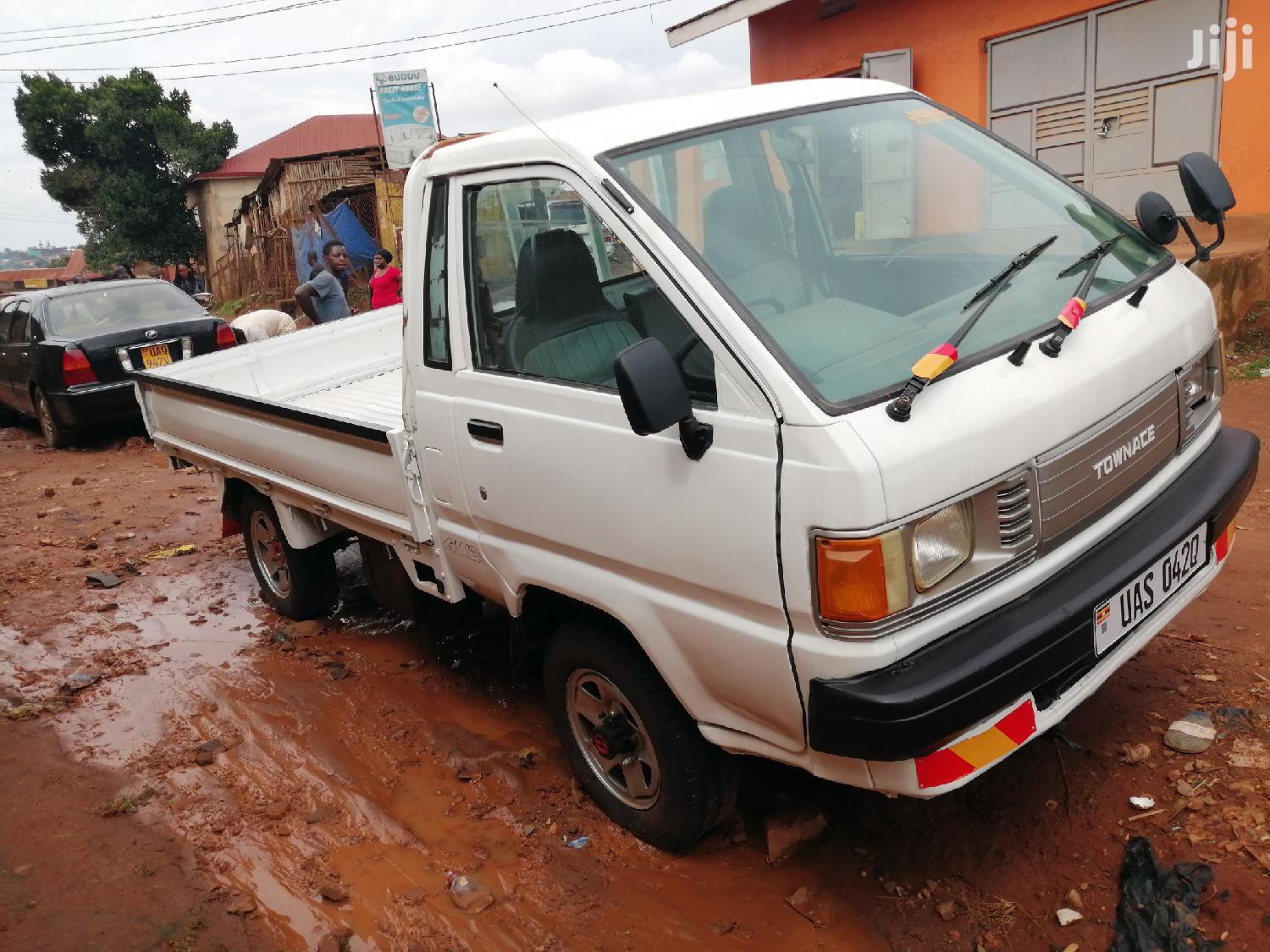 Toyota Townace 1996 White | Trucks & Trailers for sale in Kampala, Central Region, Uganda