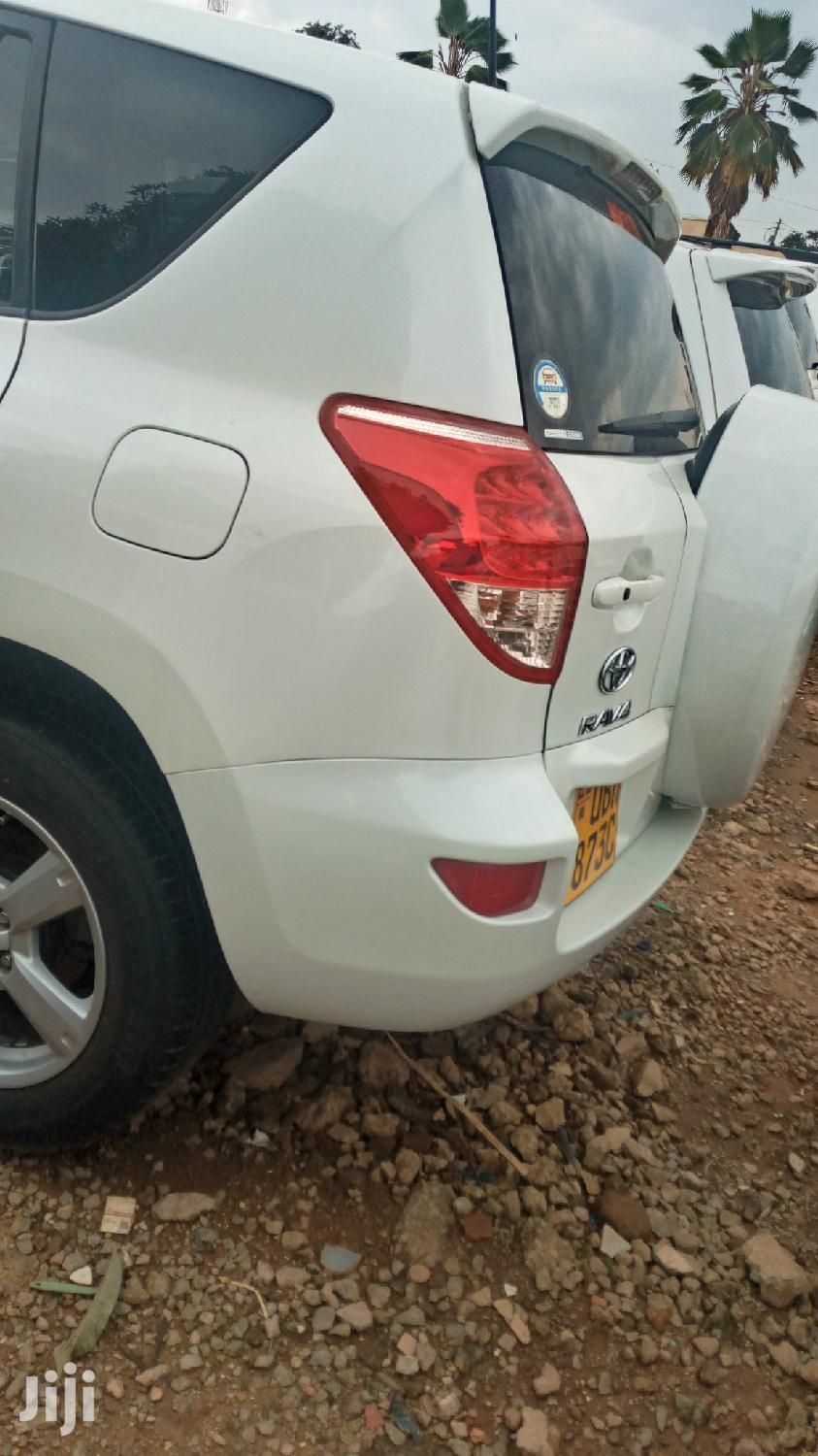 Toyota RAV4 2006 White | Cars for sale in Kampala, Central Region, Uganda