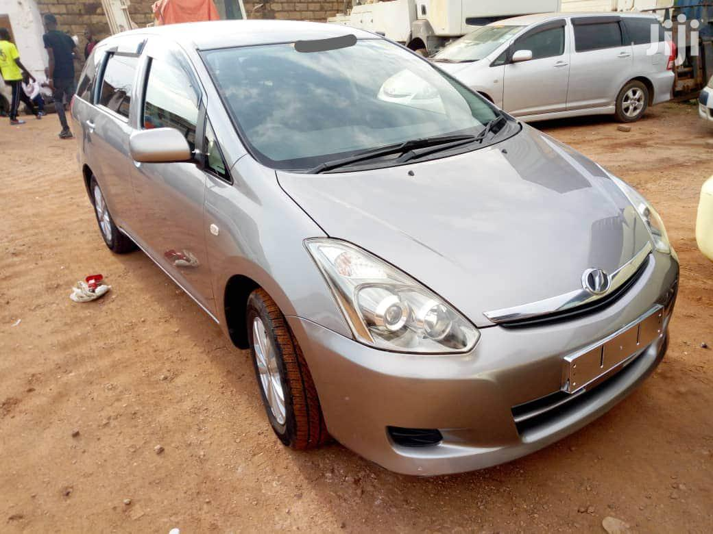 Toyota Wish 2007 Gray