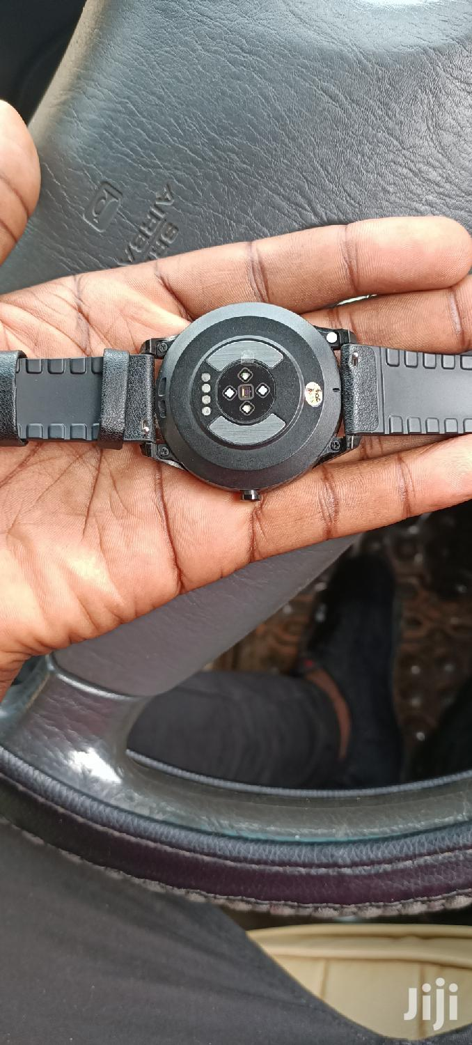 Brand New Smartberry Watch S100 With A Strong Battery | Smart Watches & Trackers for sale in Kampala, Central Region, Uganda