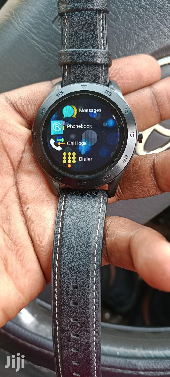 Brand New Smartberry Watch S100 With A Strong Battery