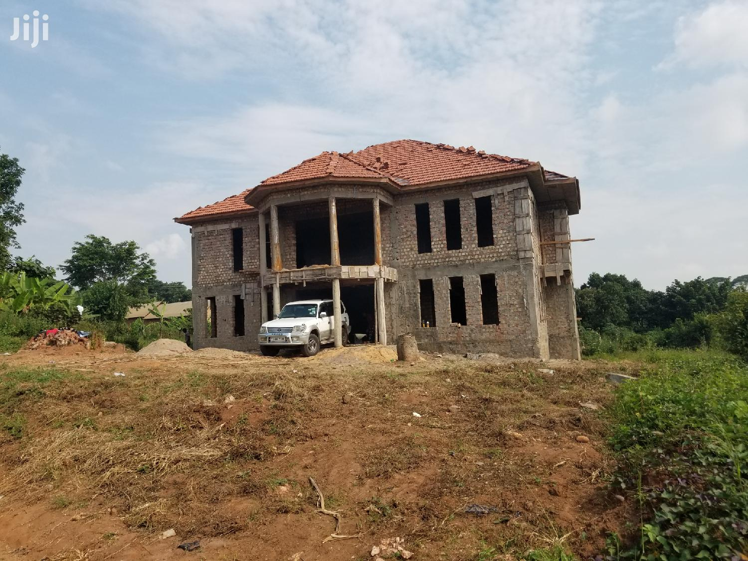 Selling a Semi Finished Mansion Located on Entebbe Road.