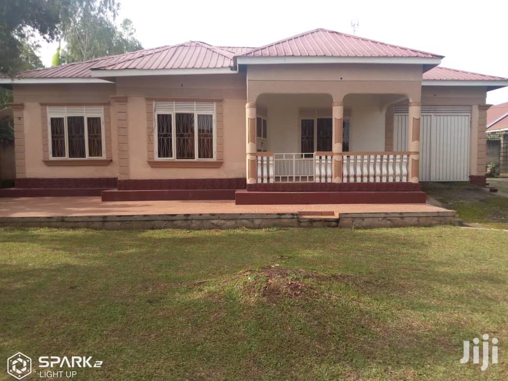 3 Bedroom Self Contained House In Bweyogerere For Sale