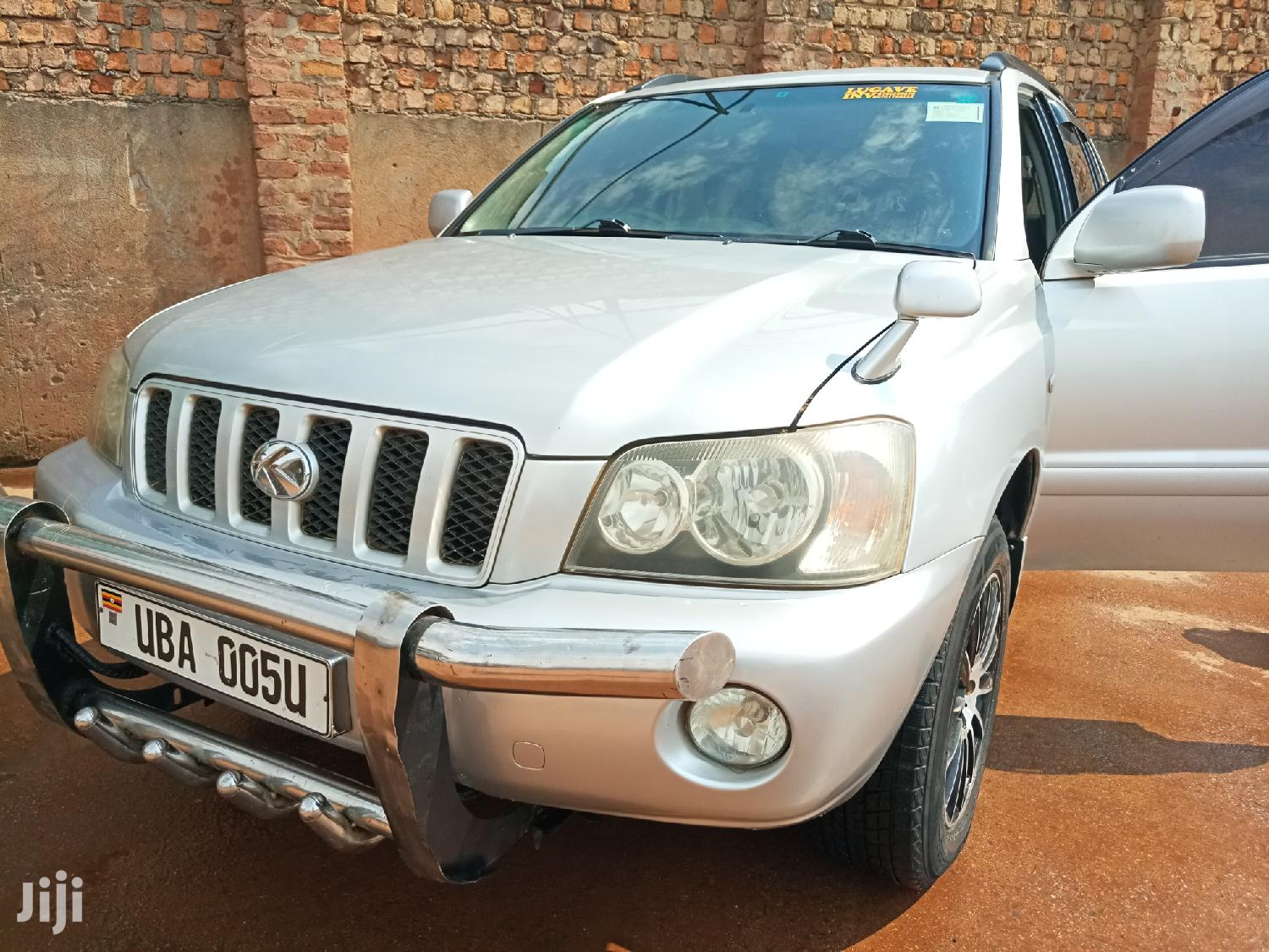 Archive: Toyota Kluger 2002