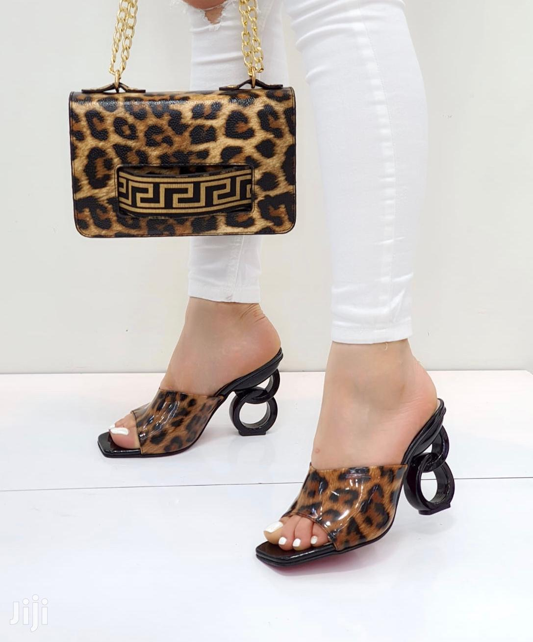 Women's Shoes With A Bag
