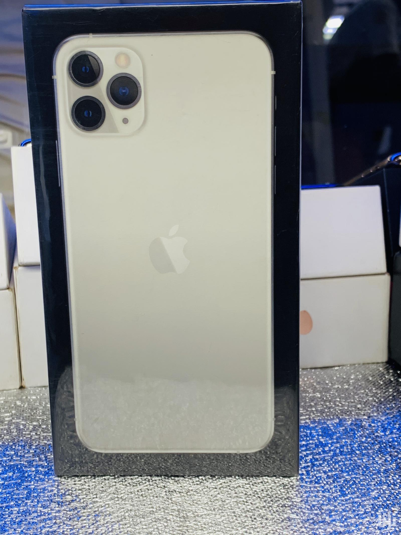 Archive: New Apple iPhone 11 Pro Max 256 GB Silver