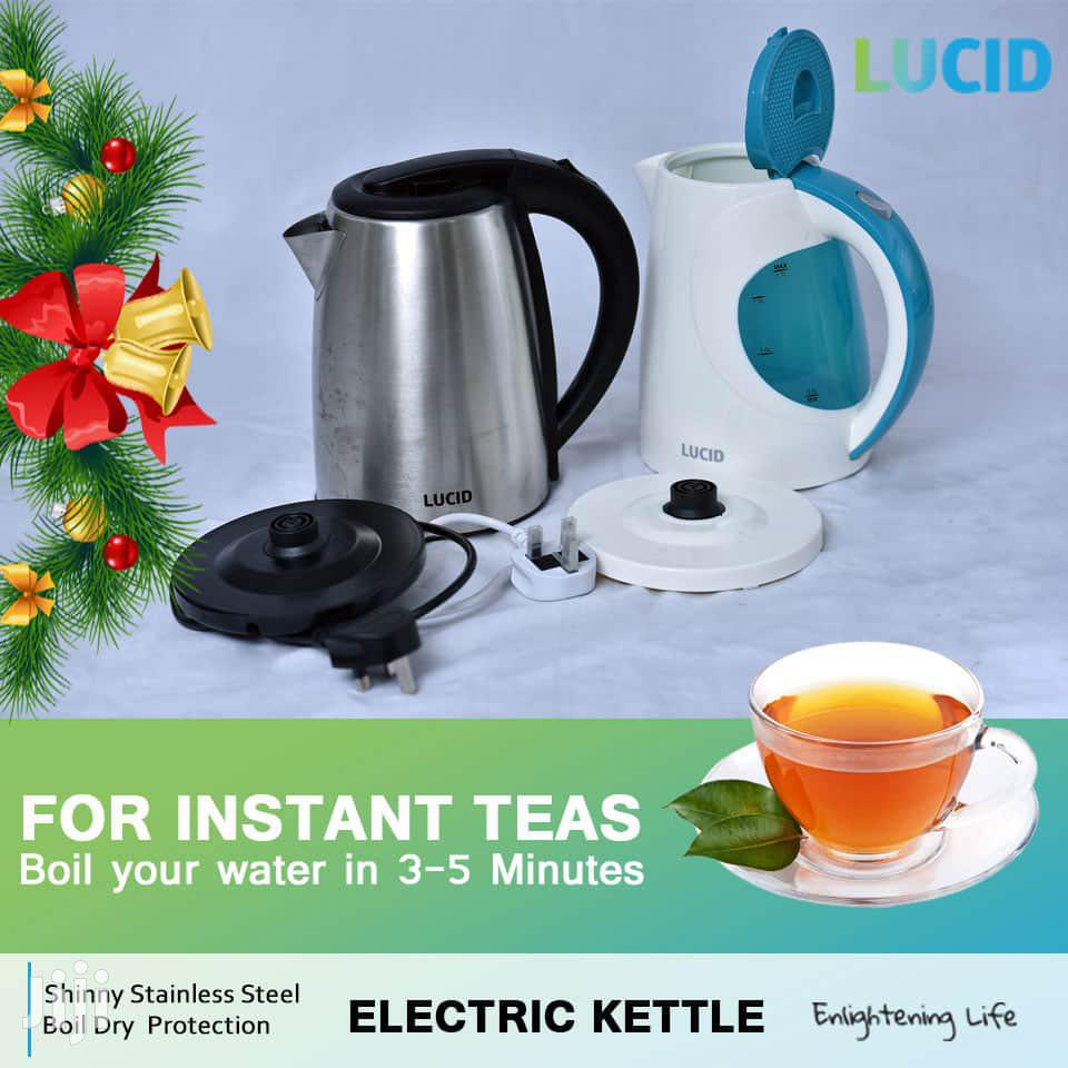 Plastic/ Stainless Steel Lucid Electric Kettle