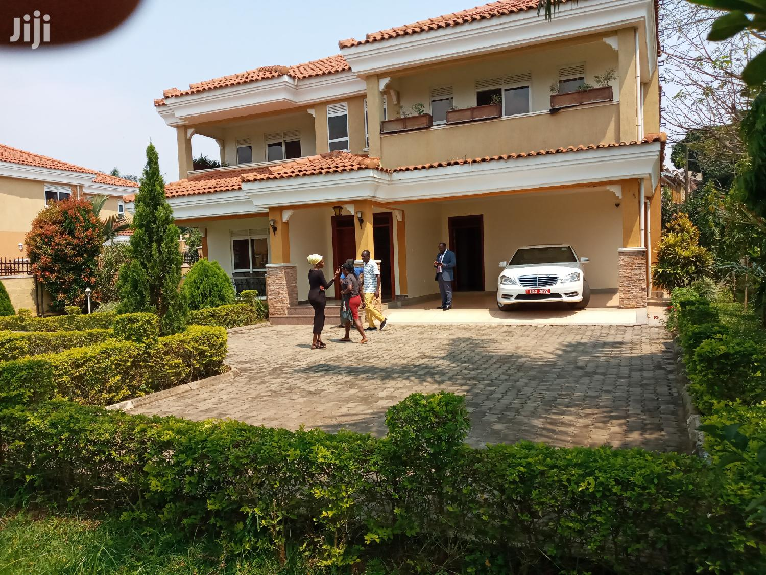 Classic Fully Furnished House In Munyonyo For Rent