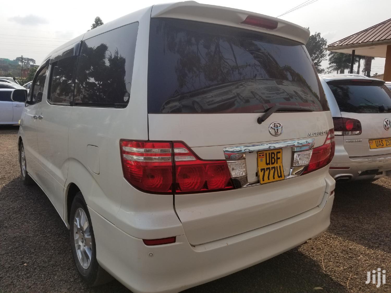 Toyota Alphard 2006 White | Buses & Microbuses for sale in Kampala, Central Region, Uganda