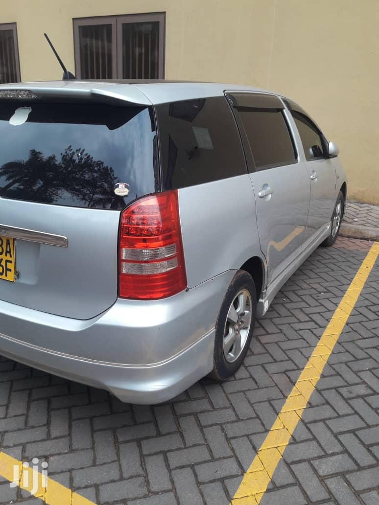 Archive: Toyota Wish 2003 Silver