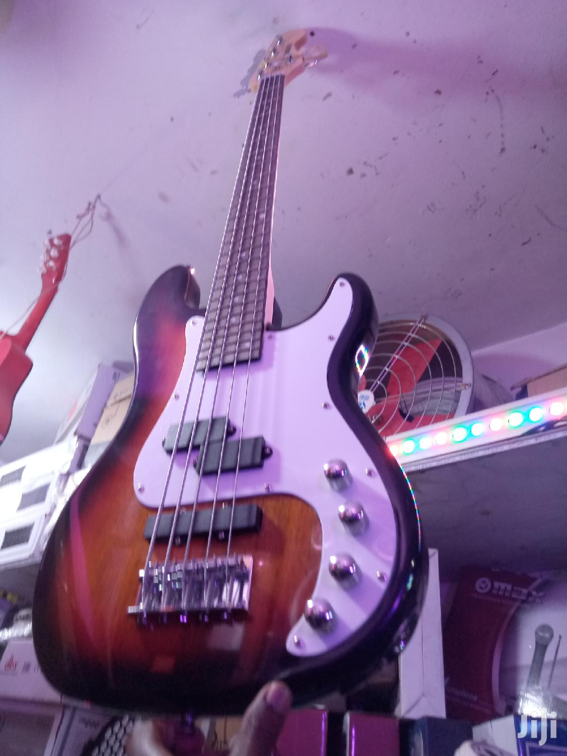 Yamaha Bass Guitar 5strings | Musical Instruments & Gear for sale in Kampala, Central Region, Uganda
