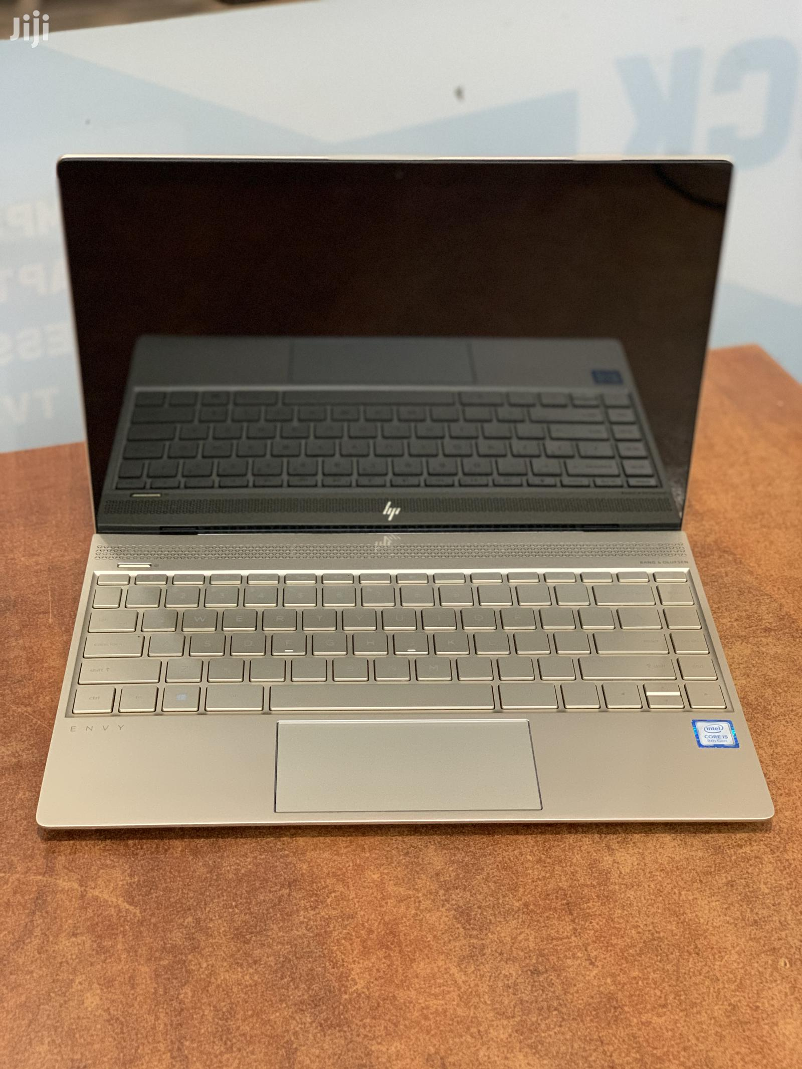 New Laptop HP Envy 13 8GB Intel Core I5 SSHD (Hybrid) 256GB