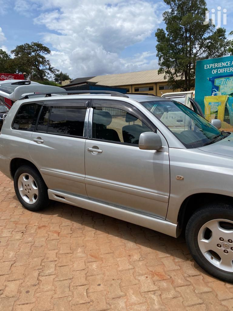 Toyota Kluger 2002 Silver   Cars for sale in Kampala, Central Region, Uganda