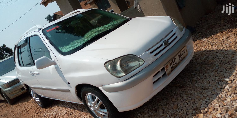 Archive: Toyota Raum 1999 White
