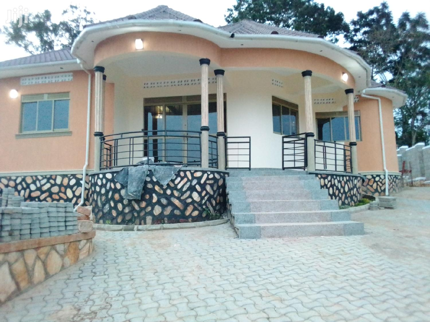4 Bedroom House In Kira Nsasa For Sale