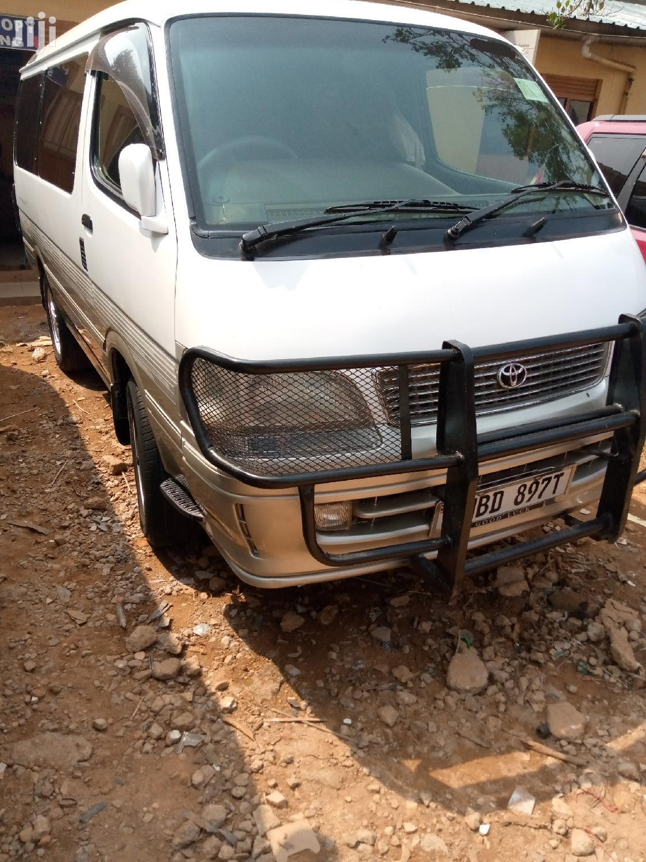Toyota Super Custom 4WD Van