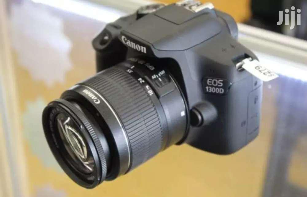Canon EOS 1300D ( Canon T6)