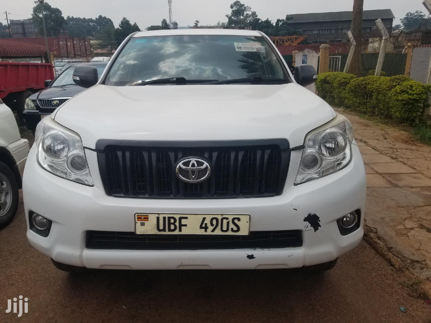 Archive: Toyota Land Cruiser Prado 2012 White
