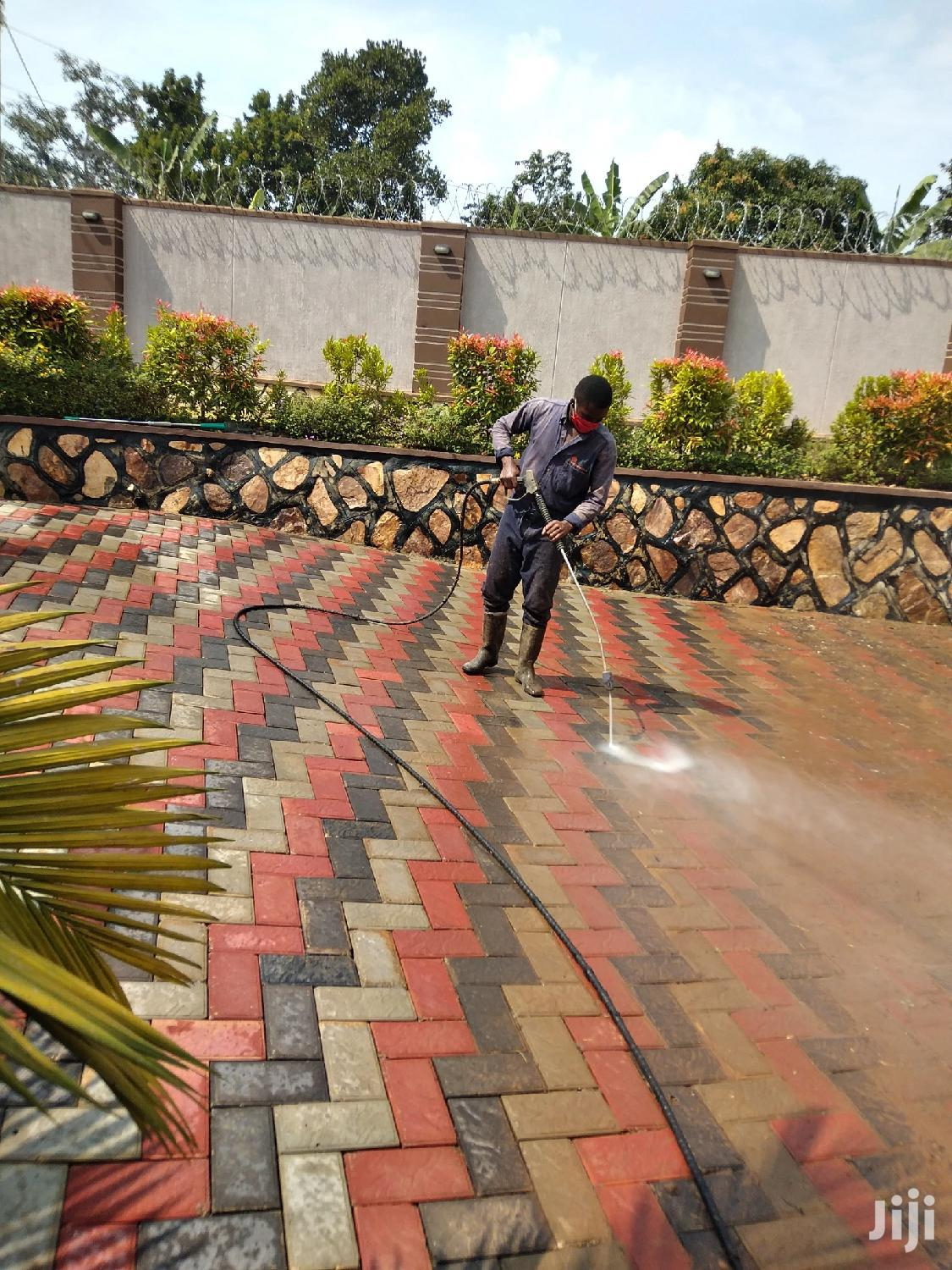 Pressure Wash Cleaning Services