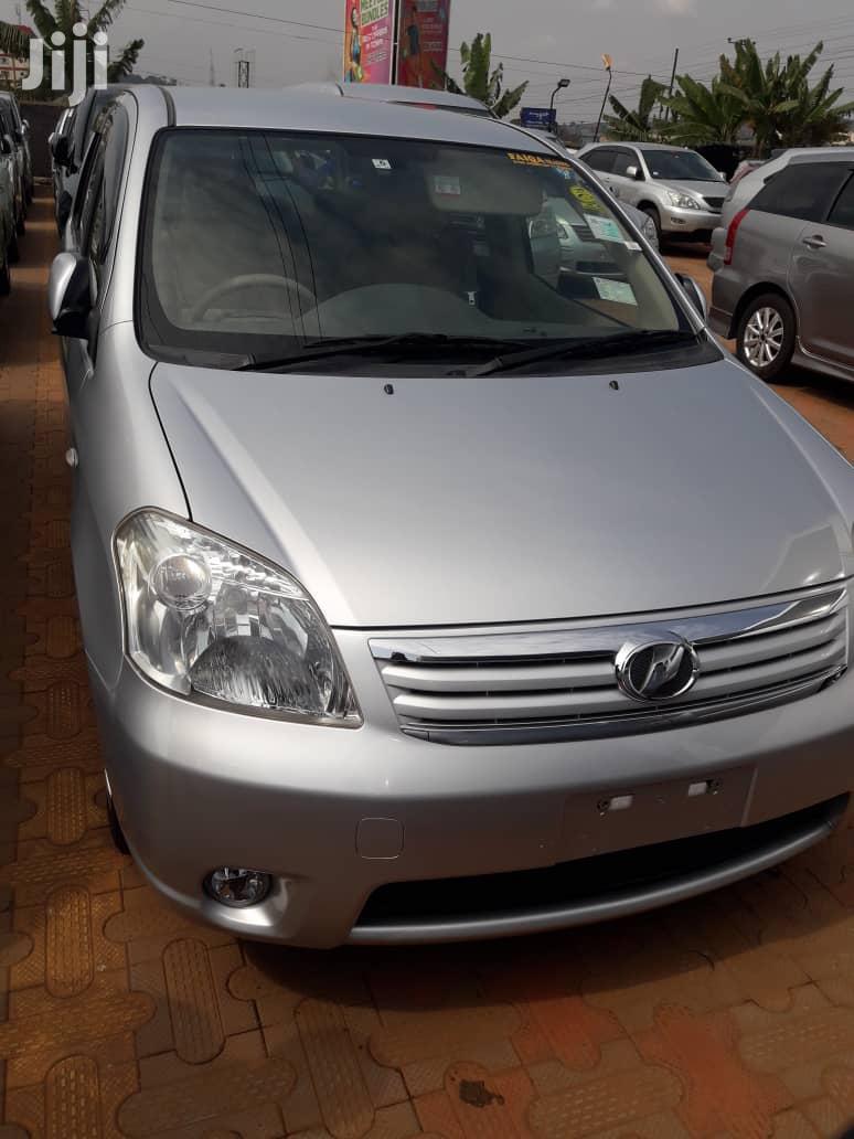 Toyota Raum 2007 Silver