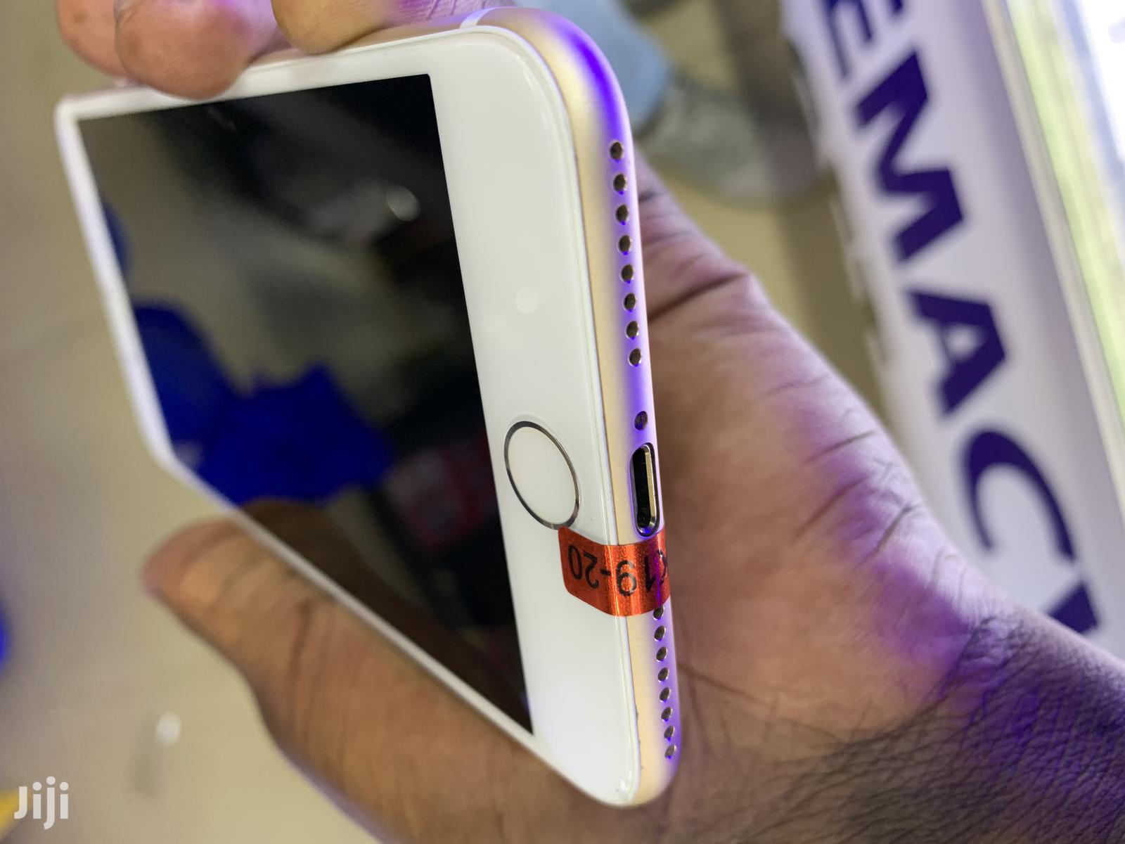 Archive: Apple iPhone 7 Plus 32 GB