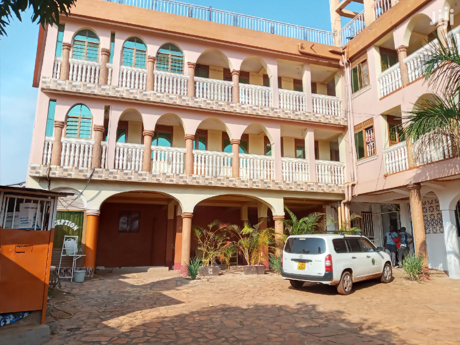 Three Star Hotel In Heart Of Makindye Heights For Sale