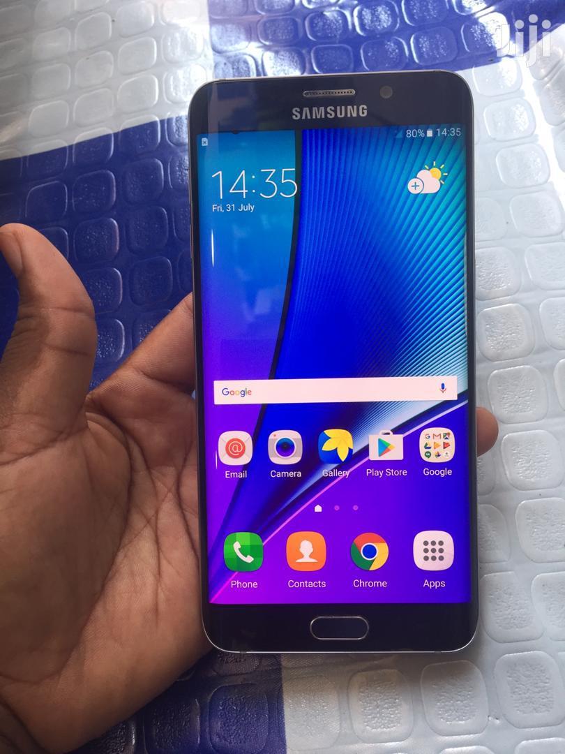 Archive: Samsung Galaxy S6 Plus 32 GB Blue