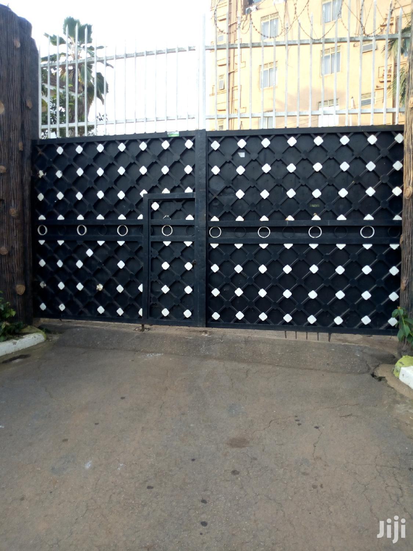 Decorated Gates