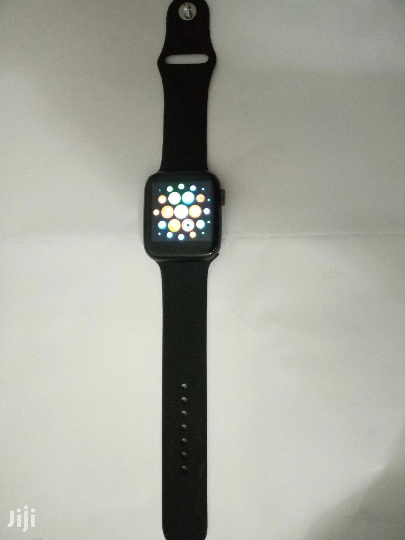 Apple Series Watch T500