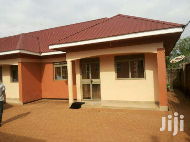 Two Bedroom House In Kito For Rent