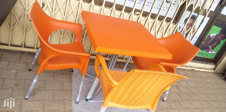 4seaters Restaurant Set Color Orange Color In Kampala Furniture Hassa Furniture Jiji Ug