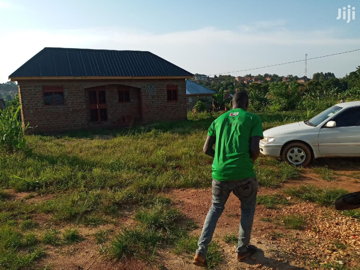 Verysweet Plot On Quicksale After Munyonyo On Ntebe Express | Land & Plots For Sale for sale in Kampala, Central Region, Uganda